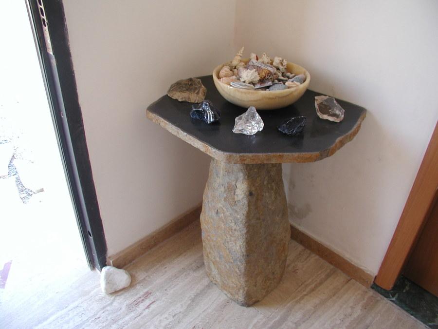 tavoli in pietra lavica su misura