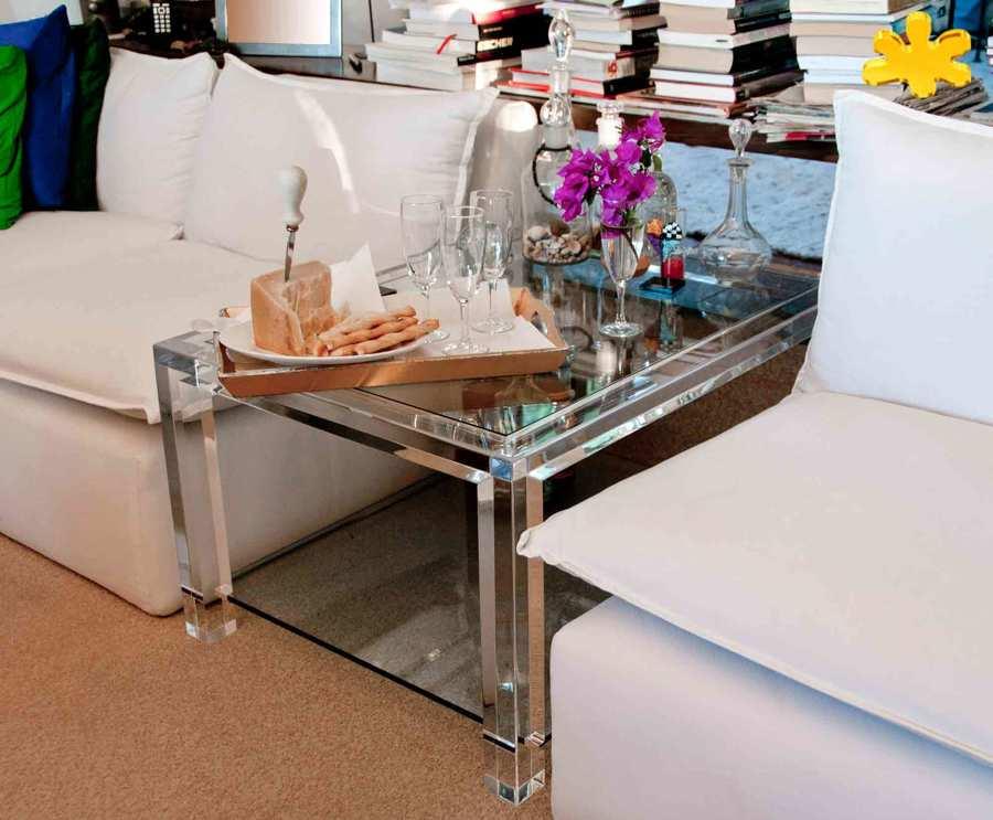 Tavolini da salotto in plexiglass trasparente lato divano - Tavolini da divano ...