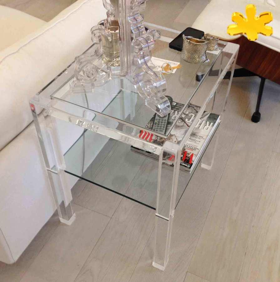 Tavolini da salotto in plexiglass trasparente lato divano - Tavolini plexiglass ...