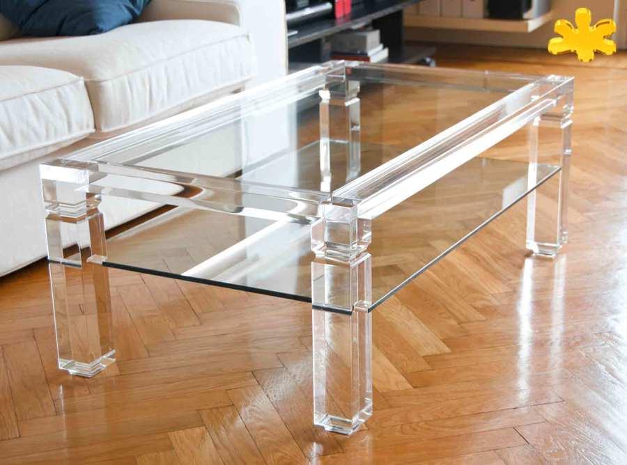 Tavolini da salotto in plexiglass trasparente con ripiano for Immagini salotto