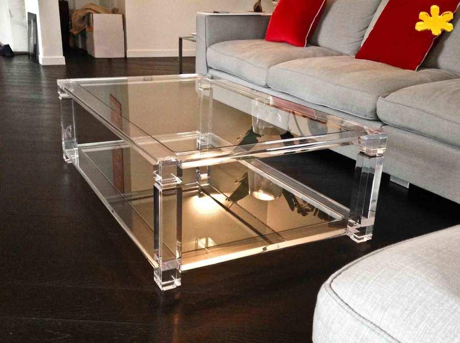 Tavolini da salotto in plexiglass trasparente a due piani for Tavolini trasparenti da salotto