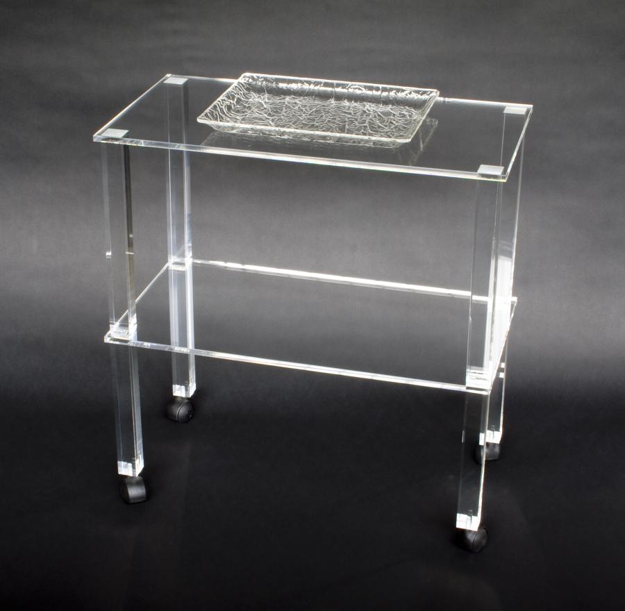 Foto tavolino in plexiglass trasparente di cavinato - Mobili in plexiglass ...