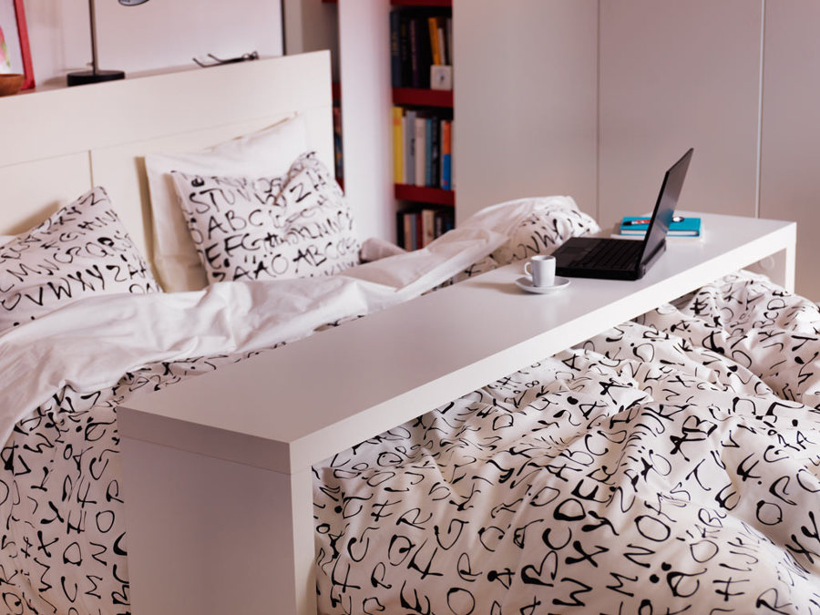 Foto tavolo per letto ikea malm di rossella cristofaro 590614 habitissimo - Ikea letto malm contenitore ...