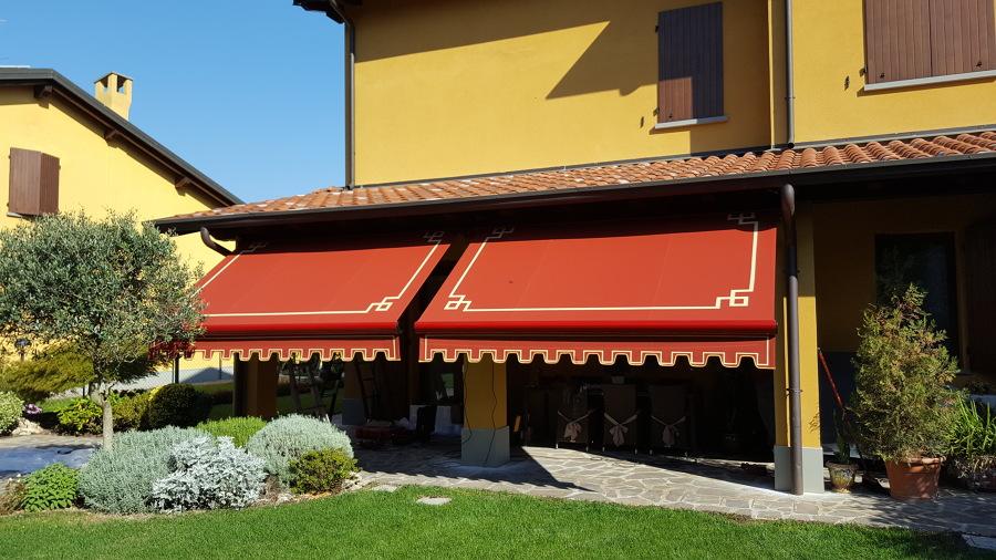 Tenda da sole elettrica con cornice idee tende da sole for Moderni minuscoli kit di case