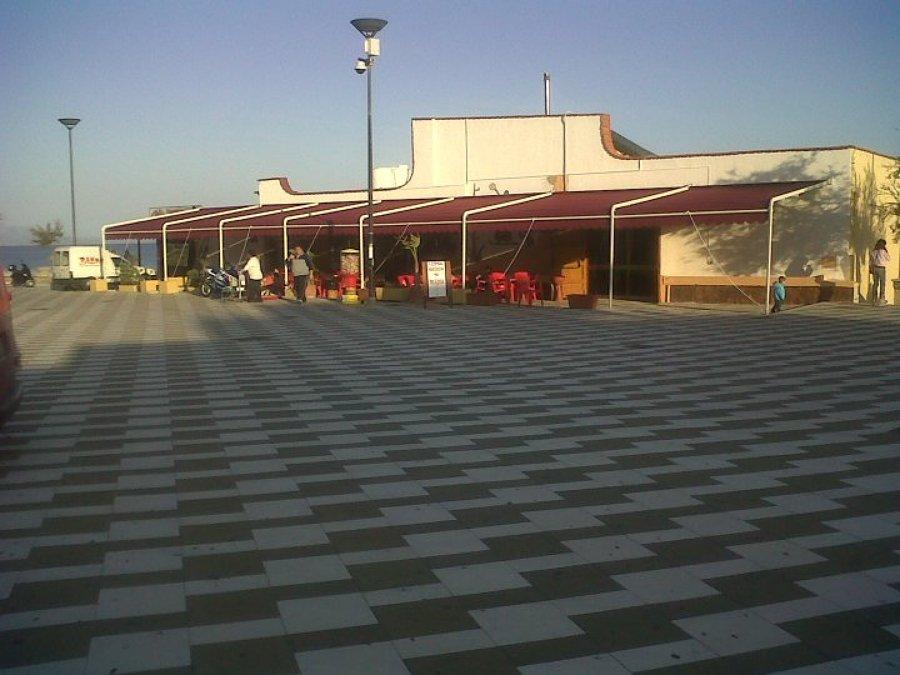 Foto: Tende Ad Attico Accoppiate di Truglio Paolo Arredamenti ...