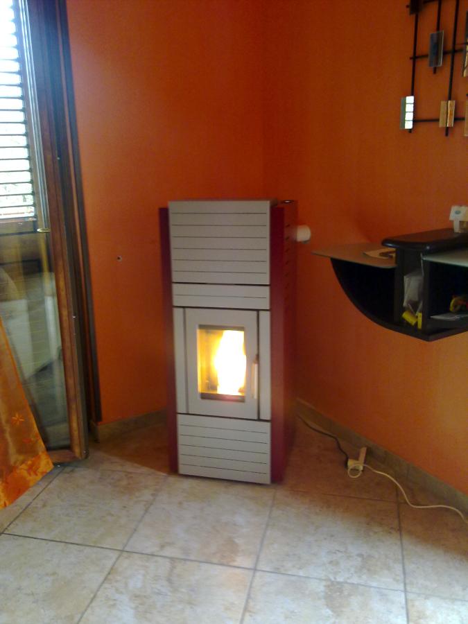 Foto termostufa a pellet modello marta palazzetti de - Termostufa a pellet palazzetti ...