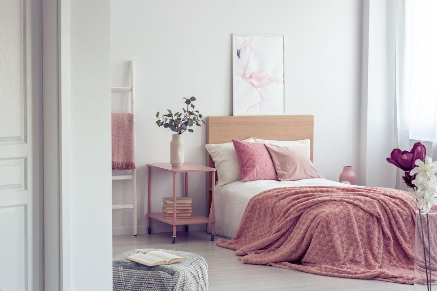 tessili rosa per la camera da letto