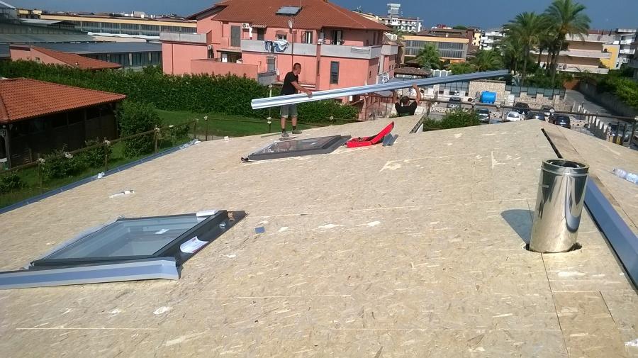 Foto tetto ventilato di i m a costruzioni srls 358439 for Finestre velux ravenna