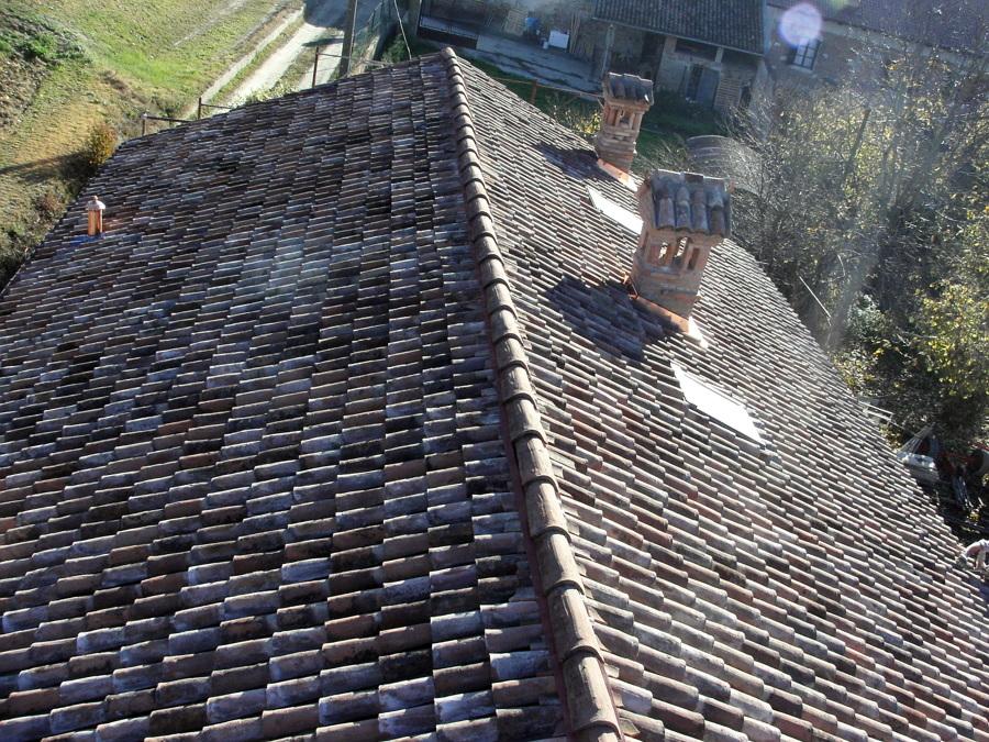Progetto ristrutturazione tetto progetti tetti for Stili tetto tetto