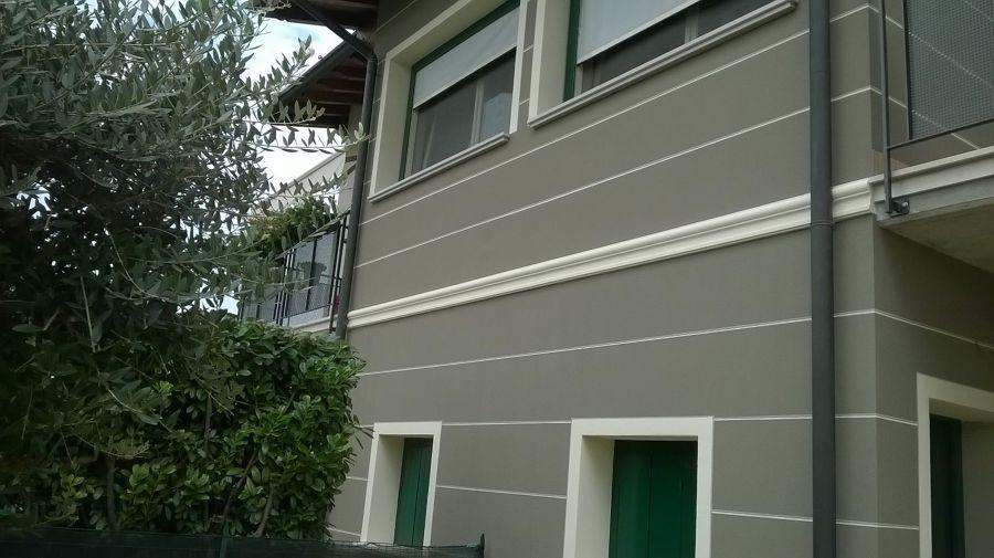 Tinteggiatura esterna casa privata idee imbianchini - Tinteggiatura casa ...