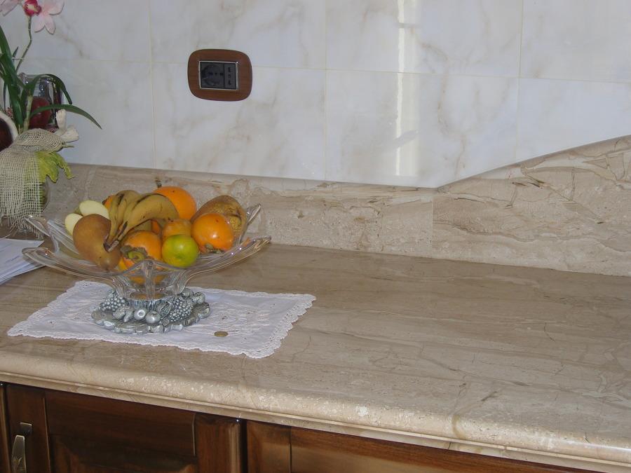 Foto: Top Cucina In Daino di Mastrogiacomo Marmi Srl #386221 ...