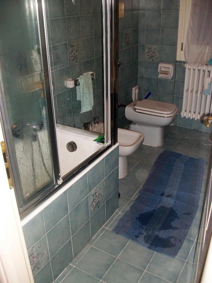 Vasca/doccia prima della ristrutturazione