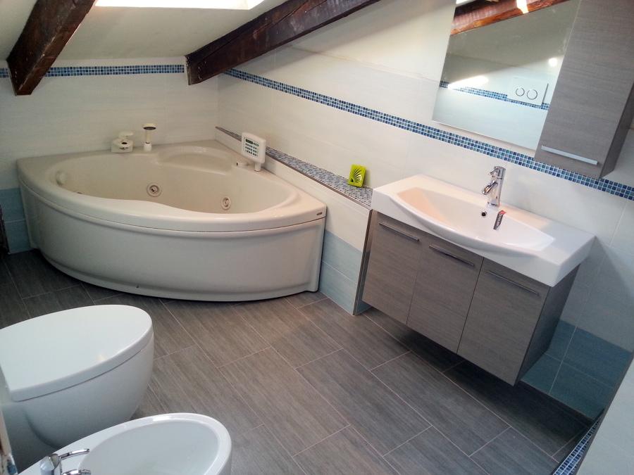 Vasca Da Bagno Angolare Da Incasso Prezzi : Vasche da bagno prezzi bassi decorazioni per la casa salvarlaile.com