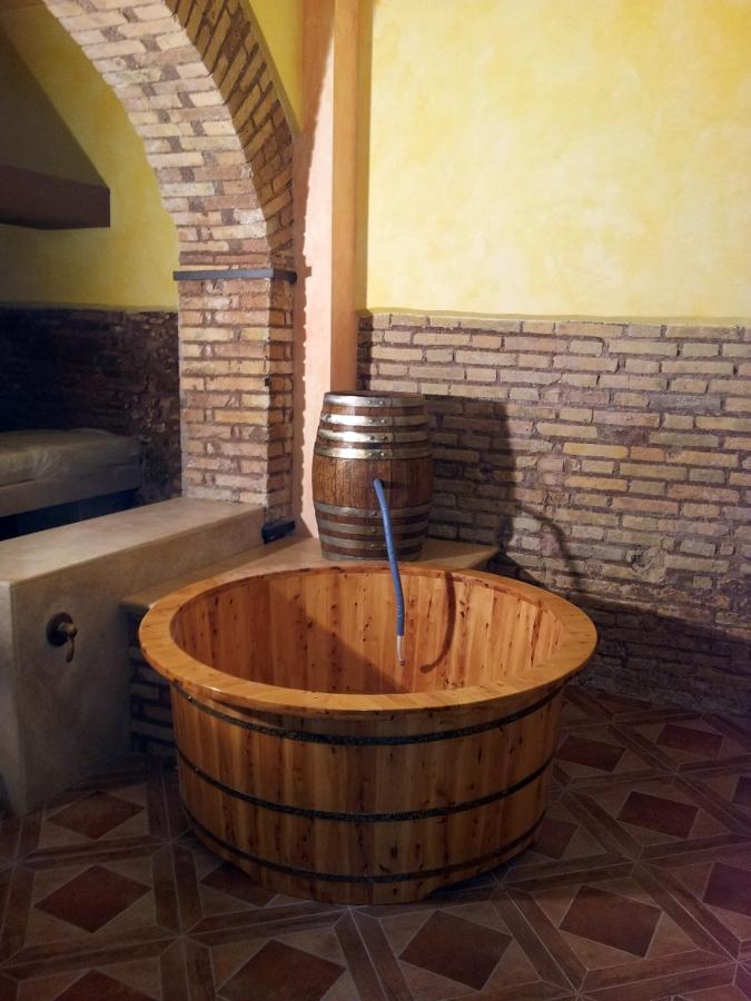 Foto: Vasca In Legno Per Vinoterapia di Global Costruzioni Srl #126357 - Habitissimo