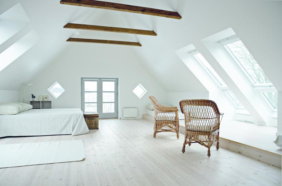 infissi scegli quelli adatti alla tua casa idee articoli decorazione. Black Bedroom Furniture Sets. Home Design Ideas