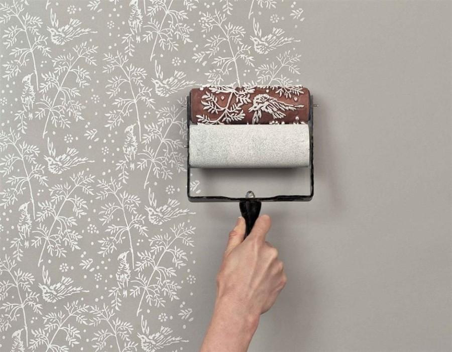 verniciare le pareti con motivi floreali