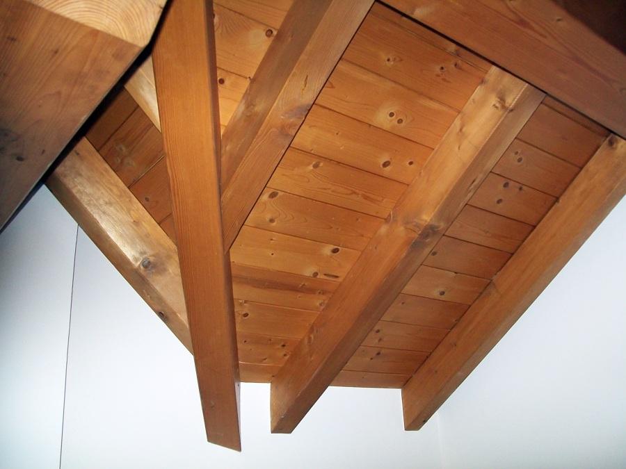 Perline Soffitto: Isolare il tetto dallu interno eu pi semplice di quanto pensi.