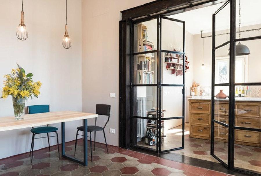 Foto vetrata per separare cucina da salotto di rossella - Cucine con vetrate ...