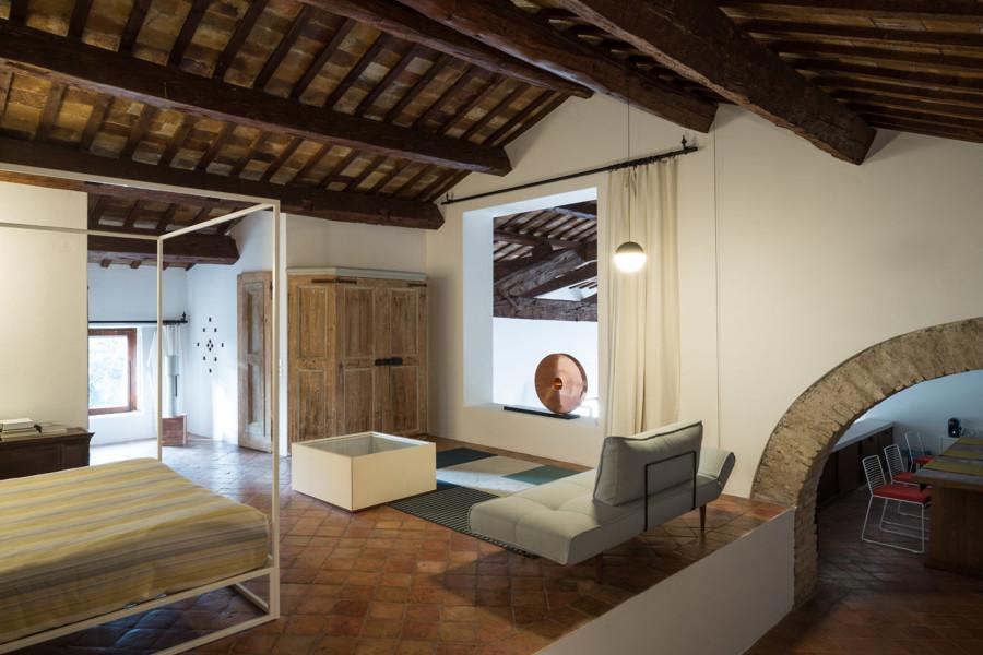 Villa storica con tetto a capriate