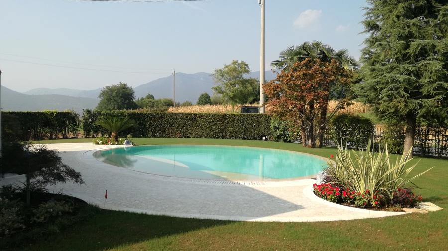 Vista d'insieme della piscina