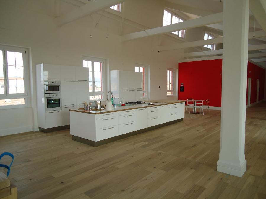 Foto: Vista della Cucina di Cube Edile Impresa Edile di Ivan ...