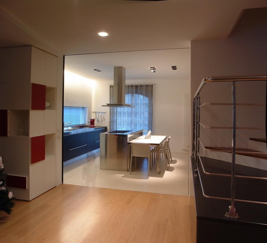 Vista della cucina dalla zona living
