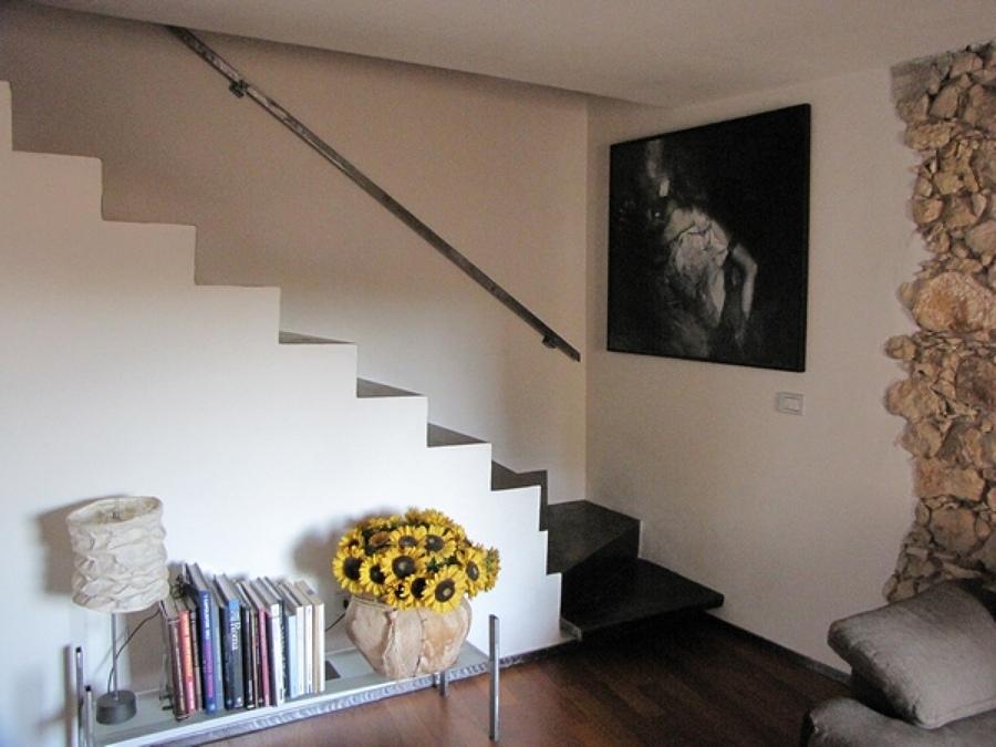 Foto vista scala da soggiorno di societ cooperativa cmc - Scala soggiorno ...