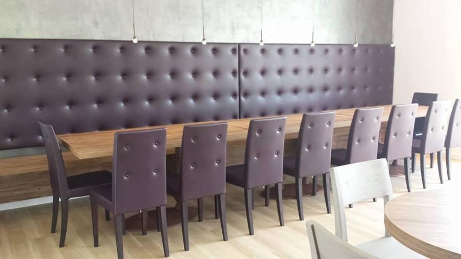Zona privè per wine bar realizzata su misura