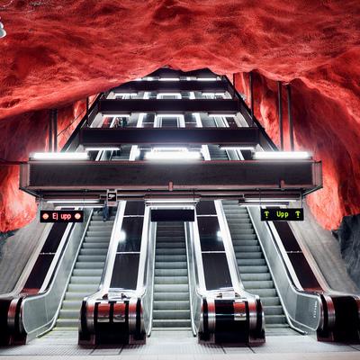 12 stazioni della metro convertite in opere d'arte