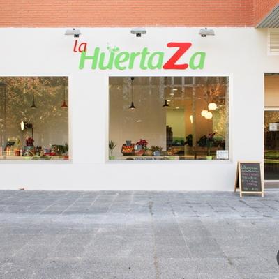Ristrutturazione integrale di un locale destinato a negozio di frutta e verdura