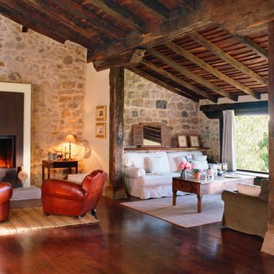 Idee di pietra per ispirarti habitissimo for Casa in stile baita