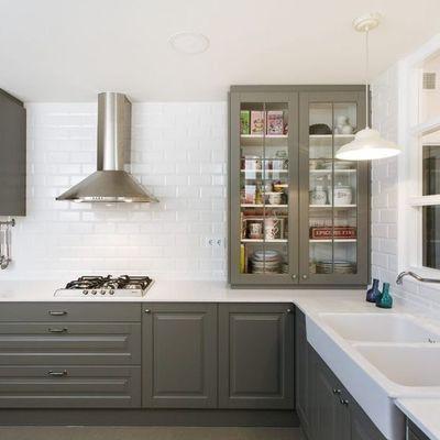10 rivestimenti per la parete antischizzo della cucina
