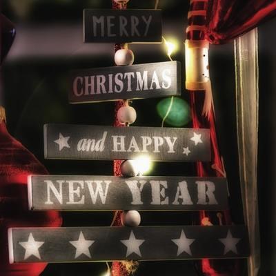 Come illuminare la tua casa per Natale senza essere kitsch