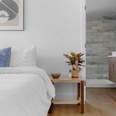 Come ricavare un bagno in camera e ottenere una suite