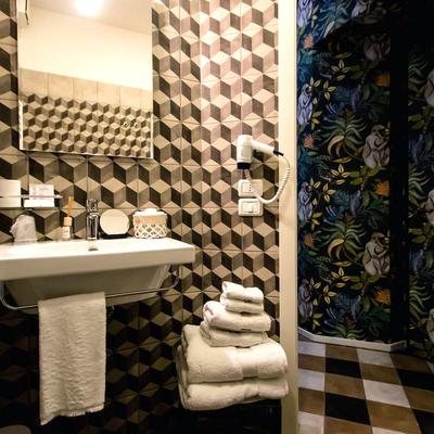 Bagno camera ospiti