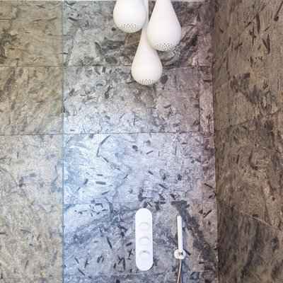 Bagno ospiti_rivestito in pietra