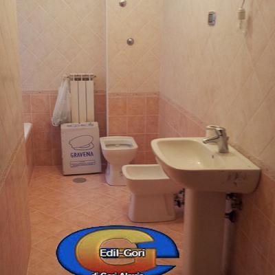 Bagno Con Rivestimento In Legno E Piante Interior Design : Idee di ...