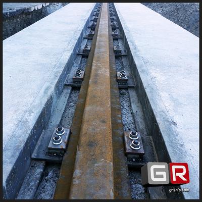 Prolungamento vie di corsa gru a cavalletto 130 ton