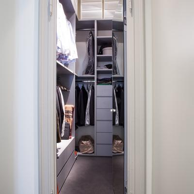 Idee e foto di ristrutturazioni cabine armadio per - Cabine armadio idee ...