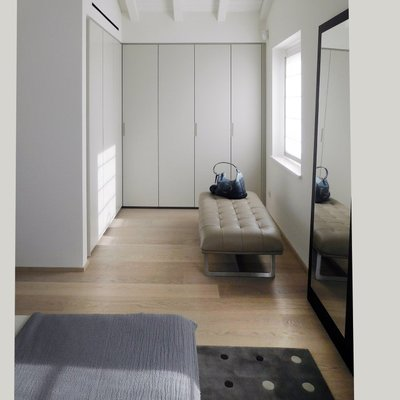 Camera da letto e armadi