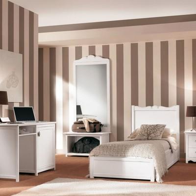 camera dipinta a righe
