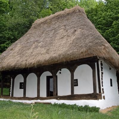 Casa autocostruita in paglia