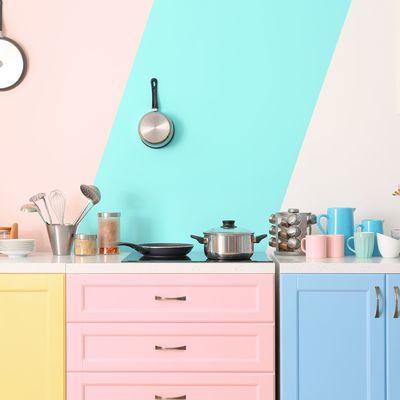 Rinnova la tua cucina con il colore: cucine colorate che non stancano mai