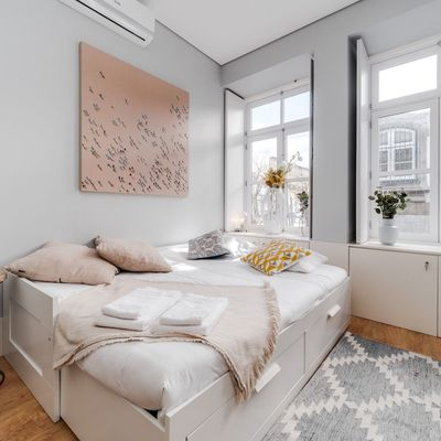 I migliori abbinamenti di divano, coperta e cuscino per un inverno cool