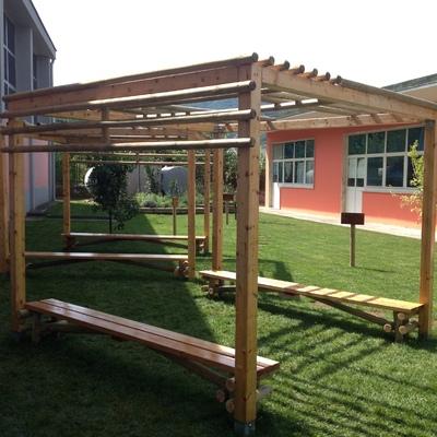 Esecuzione di un' area verde nell'ambito di un Recupero Edilizio di un plesso scolastico