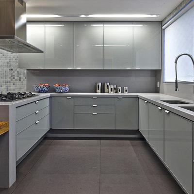 Consigli e costi per cambiare la cucina habitissimo - Ante in vetro cucina ...