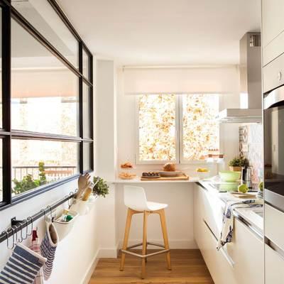 10 idee di arredo per cucine lunghe e strette
