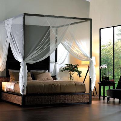 Vuoi una camera da letto romantica? Crea il tuo letto a baldacchino in 4 semplici step