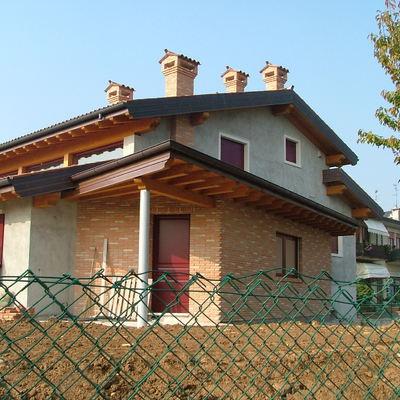 Progetto di Direzione lavori per la costruzione di edificio unifamiliare in laterizio con copertura in legno