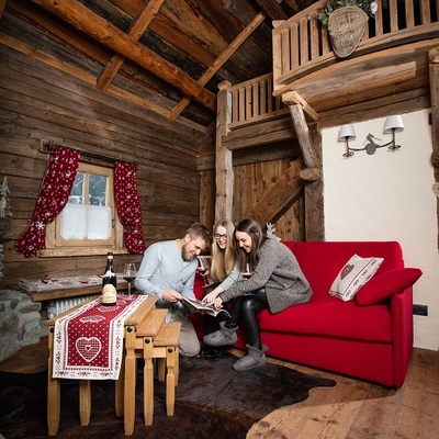 Divani e divani letto per case di montagna | Realizzazione su misura divani per chalet e baite a Lissone (Monza e Brianza)
